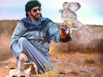 مرد و پرنده شکاری